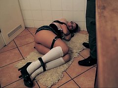 German teen gets bound
